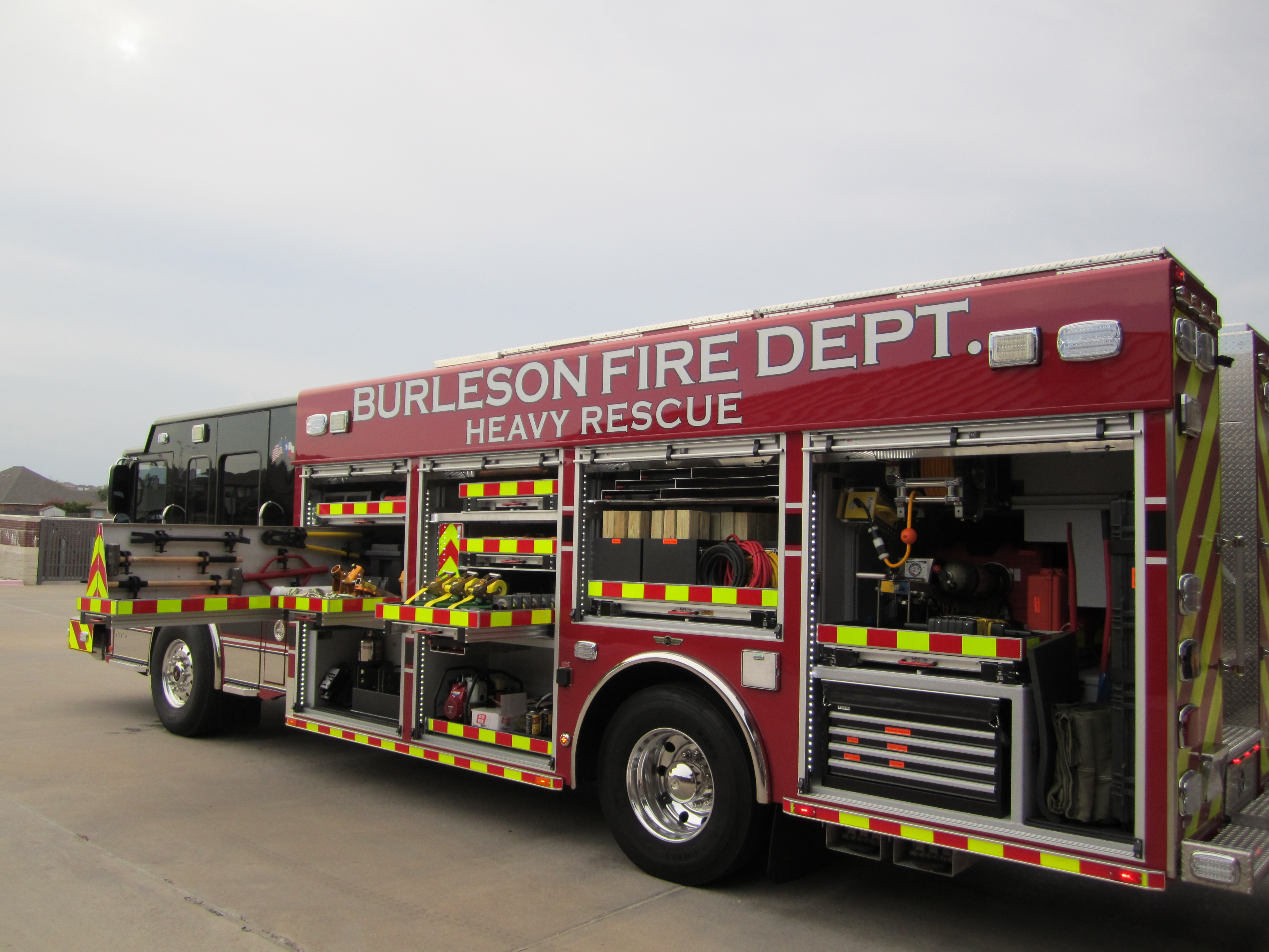 NFA Engine 1 Rescue 1 038.JPG